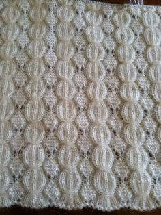 Discover thousands of images about Just the photo no pattern. Crochet Vest Pattern, Easy Knitting Patterns, Knitting Blogs, Knitting Designs, Crochet Yarn, Knitting Projects, Stitch Patterns, Crotchet, Lace Knitting