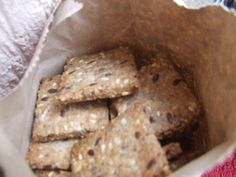 Crackers integrali cu seminte | Sănătate într-o farfurie Vegan Biscuits, Romanian Food, Romanian Recipes, Crackers, Banana Bread, Healthy Lifestyle, Deserts, Pork, Health Fitness