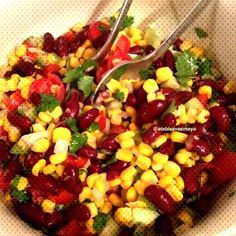 #mexicaine #haricots #salade #rouges #maïs #de #et #la Salade de maïs et haricots rouges à la mexicaineYou can find How to cook corn and more on our website.Salade de maïs et haricots rouges à la mexicaine