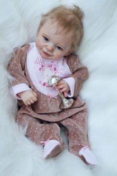 Reborn baby doll Sunny limited sold out (skulpt Joanna Kazmierczak) Reborn Babypuppen, Reborn Baby Boy Dolls, Baby Girl Dolls, Cute Baby Girl, Cute Babies, Reborn Dolls Silicone, Vintage Paper Dolls, Antique Dolls, Realistic Baby Dolls