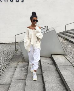 k mentions J'aime, 103 commentaires - Kim Duong Chill Outfits, Mode Outfits, Trendy Outfits, Fashion Outfits, Womens Fashion, Fashion Trends, Pastel Outfit, Next Fashion, Fashion Looks