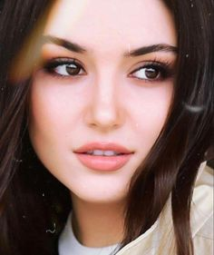 Industry Experts Give You The Best Beauty Tips Ever Turkish Women Beautiful, Most Beautiful Faces, Turkish Beauty, Beautiful Girl Image, Beauty Full Girl, Beauty Women, Best Beauty Tips, Beauty Hacks, Maquillage Smoky Eye