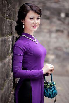 Thuần Việt   Áo Dài Việt Nam - Tôn vinh vẻ đẹp Việt!   Kho l…   Flickr
