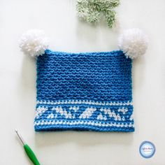 This free pattern uses tapestry crochet techniques and the moss stitch to make an adorable double pom hat to fit a toddler. I do have recommendations in the pattern notes for sizing this up or down as well! One Skein Crochet, Crochet Bunny, Single Crochet, Crochet Hooks, Free Crochet, Crochet Baby Clothes, Crochet Baby Hats, Knitted Hats, Scarfie Yarn