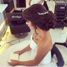 Weekly hair collection: the TOP hairstyles of the week! Weekly hair collection: the TOP hairstyles of the week! Fancy Hairstyles, Bride Hairstyles, Amazing Hairstyles, Updo Hairstyle, Hairstyles Haircuts, Wedding Hair And Makeup, Hair Makeup, Wedding Updo, Love Hair