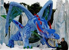 Katie Aldred spent 2,200 hours to build the world's biggest Lego masterpiece, it's a dragon that is 30 feet long and weight 2.7 tons. The entire dragon is made up of almost one million of Legos and the creation is found at LegoLand in Windsor, England.