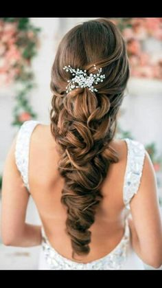 This will be my hair style for my wedding. .. love it!