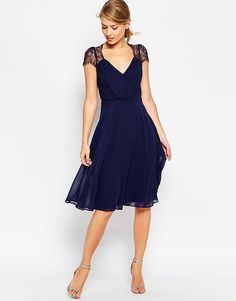 ASOS Kate Lace Midi Dress / Graduation dress This dress is the perfect proportion for my height and shape Blue Wedding Dresses, Navy Blue Dresses, Navy Dress, The Dress, Bridesmaid Dresses, Dress Wedding, Blue Dress Outfits, Sparkly Dresses, Wedding Blue