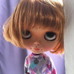 My little Chio    #erregiro #erregirodolls #bigeyes #blythe #doll #boneca #muñeca #custom #blythedoll #carving #poupée #makeup #sculpt #maquillaje #instadoll #haircut #手首 #ブライズ #fashion #moda #ブライスドール #art #diseño #design #instablythe #arte #arttoy #toy #redhead #freckles