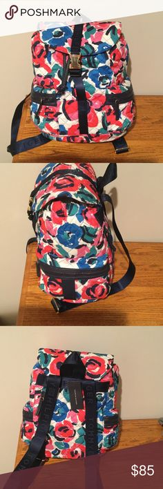 New! Tommy Hilfiger backpack Adorable quilted bag with adjustable straps and side pockets. Tommy Hilfiger Bags