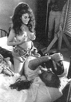 Nacktfotos von russ meyer girls