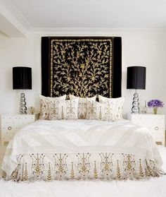 Lovely, Classy Bedroom with Tapestry Headboard - Discover home design ideas, furniture, browse photos and plan projects at HG Design Ideas - connecting homeowners with the latest trends in home design & remodeling Style At Home, Style Blog, Interior Room, Interior Design, Awesome Bedrooms, Beautiful Bedrooms, Beautiful Beds, Contemporary Bedroom, Modern Bedroom