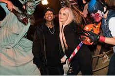 Happy times: Kylie and Tyga seen on Saturday at Halloween Horror Nights at Universal Studios Kylie Jenner Daily, Kylie Jenner Photos, Kylie Jenner Style, Kendall And Kylie Jenner, Universal Studios Halloween, Trajes Kylie Jenner, Dash Dolls, Kardashian Jenner, Fitness Fashion