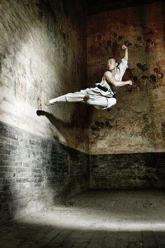 Honoring XVI Body warrior - Martial Art cultivator of Shaolin Kung Fu Shaolin Kung Fu, Wing Chun, Aikido, Parkour, Kung Fu Martial Arts, Chinese Martial Arts, Muay Thai, Artiste Martial, Buddha