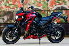 Suzuki Motorcycle India Pvt Ltd., a subsidiary of two-wheeler manufacturer, Suzuki Motor Corporation, Japan has launched its first sub-1000cc big-bike, GSX-S750 in India. The GSX-S750 is Suzuki's second 'Make-in-India' big-bike after Hayabusa.