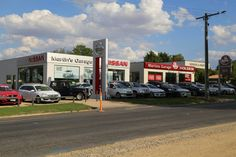 Mansfields Holden and Nissan Car Dealership