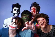 Los integrantes del grupo se metieron de lleno a los tétricos festejos. Checa de qué se disfrazaron y por qué.