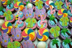 Beach Party: Cool Cupcakes
