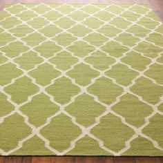 Diamond Trellis Dhurrie Rug: 4 Colors the peacock blue is awesome