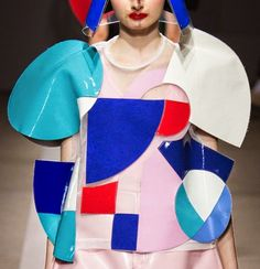 patternprints journal: PRINTS, PATTERNS AND SURFACE EFFECTS: BEAUTIFUL DETAILS FROM PARIS FASHION WEEK (WOMAN COLLECTIONS SPRING/SUMMER 2015) / 3