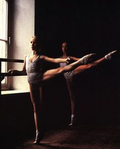 Find images and videos about dance, ballet and ballerina on We Heart It - the app to get lost in what you love. Ballet School, Ballet Class, Shall We Dance, Lets Dance, Ballerinas, Ballet Dancers, Ballet Wear, Dance Like No One Is Watching, Ballet Beautiful