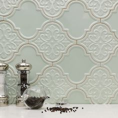 Just look at the Byzantine Arabesque Alice Tile sitting there all pretty and perfect. Such an Alice move. #wellplayed #alice #renovate #homeimprovement #byzantine #arabesque #ceramic #tile #lanterns #florid #mixes #backsplash #kitchen #designgoals #kitchendesign #beautiful #interiordesign #homedecor #tileaddiction #ihavethisthingwithtiles #walltile #perfect #houzz #tiled #tilework #tilebar by tilebar