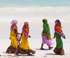 Colors by Lorenzo Camisassi on 500px  | Zanzibar, Tanzania  √