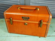 Vintage Samsonite Train Case Butterscotch by buckeyesandbluegrass