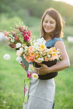 Have you ever dreamed of becoming a flower farmer? Julia Engel takes you to Flourish Flower Farm, a beautiful flower farm, in Asheville, North Carolina. Growing Flowers, Cut Flowers, Fresh Flowers, Wild Flowers, Beautiful Flowers, Exotic Flowers, Purple Flowers, Cut Flower Garden, Cut Garden