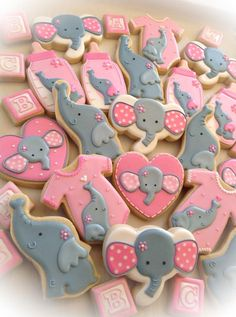 Pin by bonnie turcotte on elephant cookies in 2019 Baby Girl Shower Themes, Baby Shower Gender Reveal, Baby Shower Parties, Baby Boy Shower, Baby Shower Decorations, Shower Centerpieces, Elephant Baby Showers, Baby Elephant, Elephant Cookies