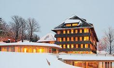 """Hotel """"Die Halde"""" auf dem Schauinsland - Auszeichnung: Holzbau Schwarzwald"""