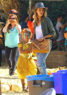 Jessica Alba & Daughters Visit Mr. Bones Pumpkin Patch