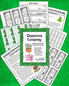 Corkboard Connections: Classroom Economy Pack Freebie - Ideas for implementing a classroom economy system in your classroom - newly updated! Classroom Money, 4th Grade Classroom, School Classroom, Classroom Ideas, Classroom Inspiration, Future Classroom, Classroom Economy System, Classroom Behavior Management, Class Management