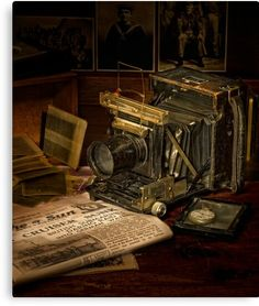 """This is an image created to illustrate an environmental portrait of an old camera called a """"speed gr Antique Cameras, Vintage Cameras, Photography Camera, Vintage Photography, Photography Tips, Vintage Love, Vintage Photos, Retro, Classic Camera"""