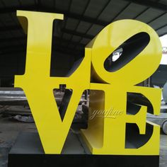 High Polished Philadelphia Love Statue Replica Stainless Steel Blue Love Sculpture for Sale Outdoor Modern Metal Sculpture Fine Sculpture Steel Sculpture, Bronze Sculpture, Sculpture Art, Museum Of Modern Art, Art Museum, Pop Art Images, Love Statue, Indianapolis Museum, Hotel Decor