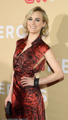 Inked! Orange Is the New Black's Taylor Schilling flashed her infinity rib-cage tattoo at ...