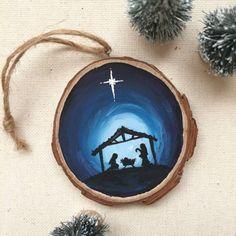 Ornamento de Jesús Natividad silueta madera rebanada