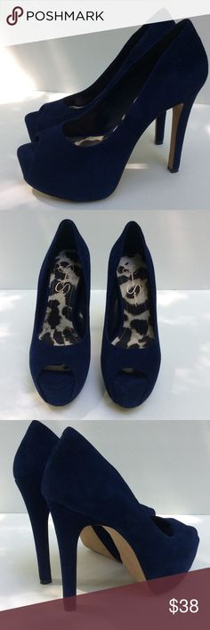 Jessica Simpson Platform Heels Sz 8 Blue A gorgeous pair of suede Jessica Simpson platform heels. Size 8B. Cobalt Blue. Heel height is 5 1/2 inches. Excellent condition. Jessica Simpson Shoes Heels