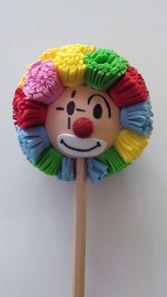 ¡Hola, janeth! No te pierdas estos Pines... Kids Crafts, Foam Crafts, Diy And Crafts, Arts And Crafts, Paper Crafts, Clown Crafts, Circus Theme, Circus Party, Clown Party