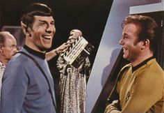 I love you, I love you, I love you, Original Trek Cast..... I just love you....