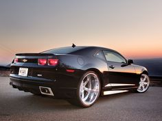 2010 Chevy Camaro SS Photo 1