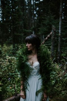 Whimsical scarf made out of greenery from Lake Louise elopement photoshoot| Image by Karra Leigh Photography