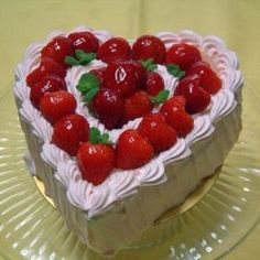 Cottage cheese and strawberry cake. Recipes with photos of delicious cakes.