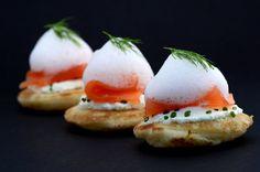 Toast de saumon fumé et écume citronnée à l'aneth | Cuisine Moléculaire