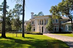 Beautiful Multi-million dollar mansions in Carlton Woods, The Woodlands, Texas