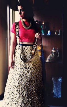 #MissKaur #EmbroideredLehenga #Vintage #BridalCouture #RedRawSilk #HouseOfKaur +91 9899598385