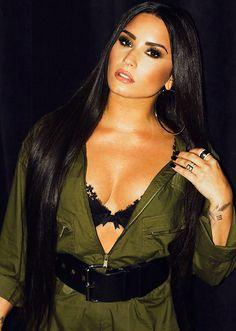 Demi Lovato by Angelo Kritikos Photoshoot 2018 Demi Lovato Body, Demi Lovato 2018, Demi Lovato Style, Demi Lovato Dress, Demi Lovato Makeup, Beautiful Celebrities, Gorgeous Women, Demi Love, Demi Lovato Pictures