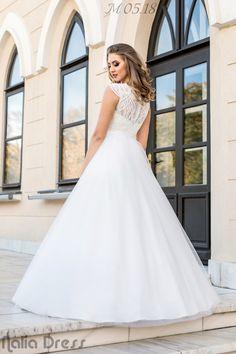 #naliadress #wedding #weddingdress #bride #bridal #fashion #roman #neamt Bridal Fashion, Roman, Bride, Wedding Dresses, Bridal Gowns, Boyfriends, Wedding Bride, Bride Dresses, Bridal