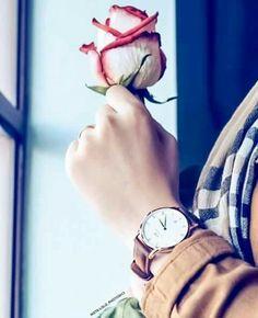 Stylish Watches For Girls, Girls Dp Stylish, Mode Abaya, Mode Hijab, Hijabi Girl, Girl Hijab, Girl Photo Poses, Girl Photos, Girl Pics
