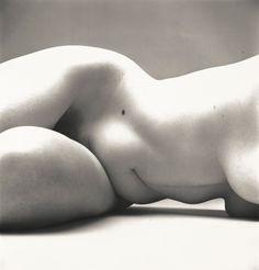 Irving Penn, Nude No. New York, The Metropolitan Museum of Art, New York. © The Irving Penn Foundation
